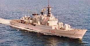 """24/11/2015 - Classi seconde. Visita guidata alla fregata """"Maestrale"""""""